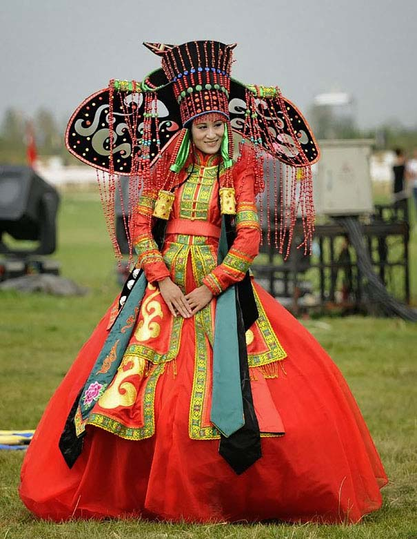 traditional-wedding-outfits-4