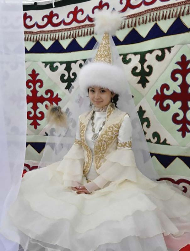 traditional-wedding-outfits-6