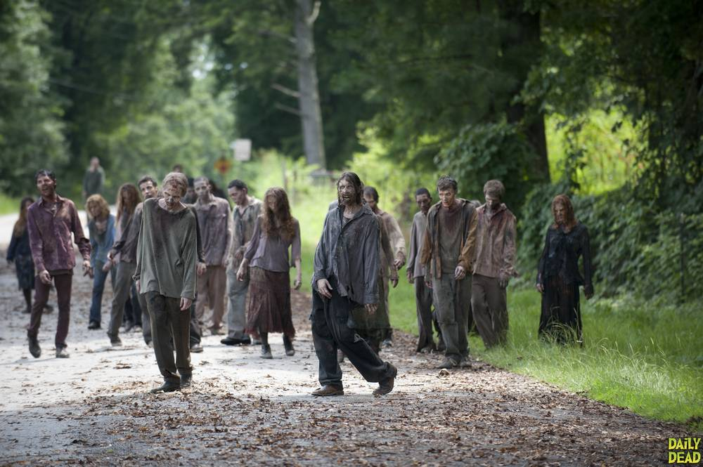 walking-dead-season-4-zombies-25